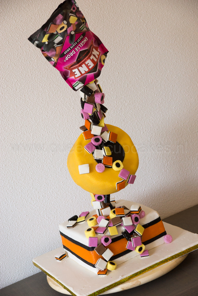 taart in engels Engels drop taart   Queen of Cupcakes taart in engels